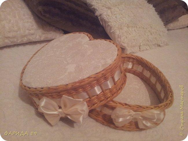 Здравствуйте, всем, кто ко мне заглянул)) вот сплелись две корзинки в форме сердец на подарок) рада буду, если Вам понравится) фото 6