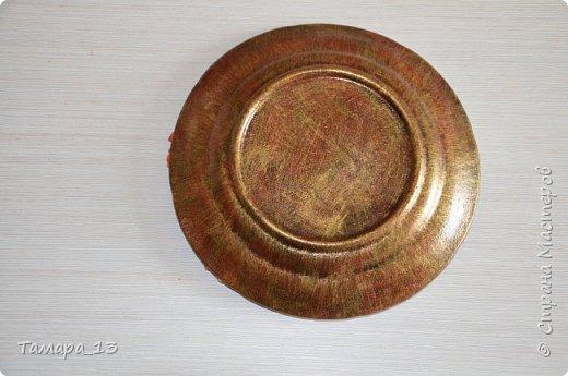 Подобных тарелок в интернете много, уж очень интересная идея. Правую тарелку делала по МК http://stranamasterov.ru/node/360387, левую по аналогии. фото 9