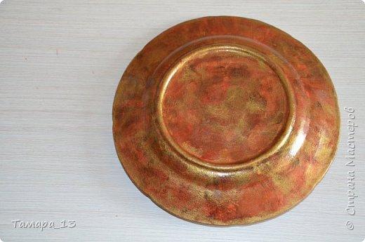 Подобных тарелок в интернете много, уж очень интересная идея. Правую тарелку делала по МК http://stranamasterov.ru/node/360387, левую по аналогии. фото 10