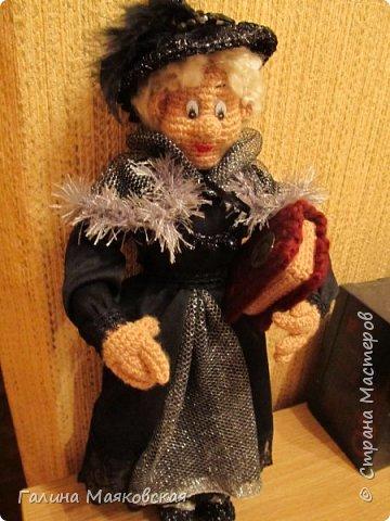 Доброго времени суток всем! Представляю свою новую  куклу - такую бабульку-ведьмочку с волшебной книгой.  фото 1