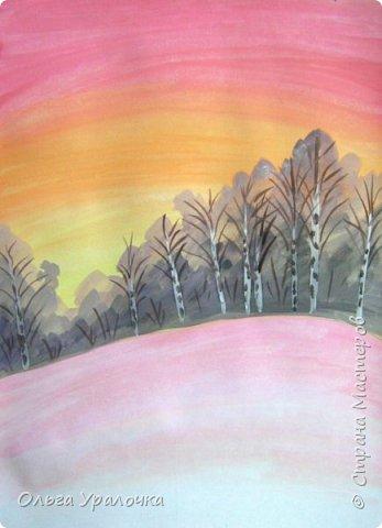 Вот и пришла весна. Весна – это время пробуждения природы от долгой зимней спячки. Теплые лучи солнца съедают последние россыпи снега. Под деревьями и в поле зазвенели веселые ручейки. Набухшие почки наполняют воздух упоительным ароматом.   Из-под талого снега пробивается зеленая травка. В проталинах появились первые весенние цветы .   Весна идет, всевластная царица! Журчат ручьи, ломают реки лед, И к нам в окошко, вербою стучится И птичий стаей режет небосвод.  Уже звенят весенние капели, И воздух полон запахом весны, Забыты ныне злобные метели, И солнца греют жаркие лучи.  Среди проталин и сухих травинок, На горке где зимой катались мы, Среди камней, среди грязи и льдинок. Расцвел подснежник, как слеза зимы.                                                       /Дьякова О.С. - Ольга Уралочка/  Вот и мне хочется предложить вашему вниманию МК весенний пейзаж. Работа может быть выполнении как людьми с опытом рисования, так и новичками . Поэтапное рисование- поможет избежать затруднений свойственных новичкам. Работа выполняется без предварительного рисунка. Нам понадобятся: гуашь ватман формата А-3. , нейлоновые кисти под номерами 2 , 3 ,5.  фото 10
