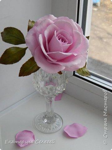 еще одна роза из фоамирана фото 2