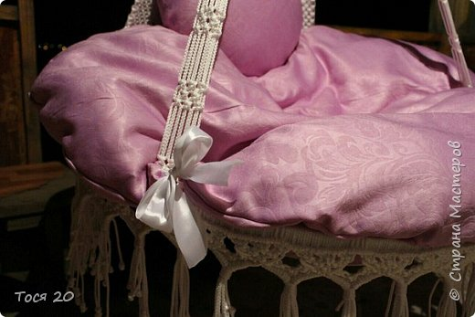 Доброго времени суток, дорогие жители страны! Вот готово еще одно кресло, теперь в белом цвете. фото 3