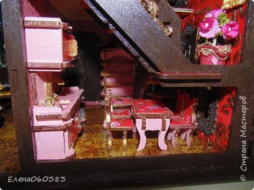 Сказочный замок для любимых кукол фото 13