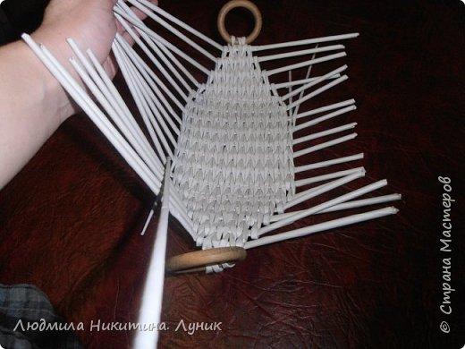 Привет Страна! Выполняю просьбу мастериц - выкладываю поэтапно плетение новой формы. Сразу оговорюсь, что размеры могут быть какими вам угодно. Это может быть даже большая напольная корзина.   фото 15