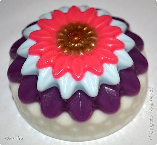 Научилась делать сахарный скраб для тела в виде мармелада.  И вот с таким подарком пошла на День рождения к своей тёте. фото 17
