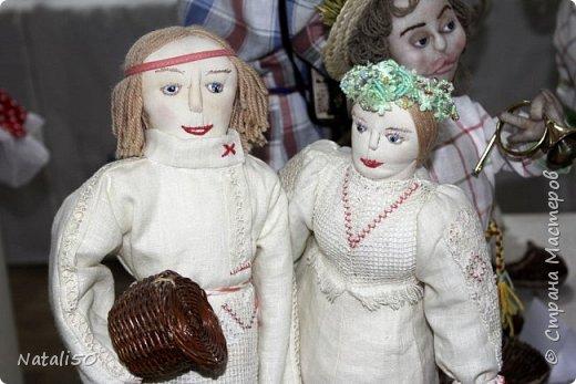 Доброго всем вечера!! Хочу поделиться своими впечатлениями о выставке кукол!!  Проходит она в городе Серпухове.Очень интересные работы,замечательные мастерицы живут в этом городе!  Смотрите,любуйтесь!! фото 7