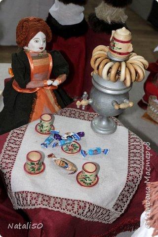 Доброго всем вечера!! Хочу поделиться своими впечатлениями о выставке кукол!!  Проходит она в городе Серпухове.Очень интересные работы,замечательные мастерицы живут в этом городе!  Смотрите,любуйтесь!! фото 6