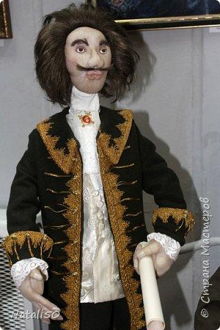 Доброго всем вечера!! Хочу поделиться своими впечатлениями о выставке кукол!!  Проходит она в городе Серпухове.Очень интересные работы,замечательные мастерицы живут в этом городе!  Смотрите,любуйтесь!! фото 12