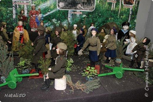 Доброго всем вечера!! Хочу поделиться своими впечатлениями о выставке кукол!!  Проходит она в городе Серпухове.Очень интересные работы,замечательные мастерицы живут в этом городе!  Смотрите,любуйтесь!! фото 18