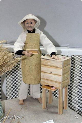 Доброго всем вечера!! Хочу поделиться своими впечатлениями о выставке кукол!!  Проходит она в городе Серпухове.Очень интересные работы,замечательные мастерицы живут в этом городе!  Смотрите,любуйтесь!! фото 20