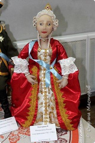 Доброго всем вечера!! Хочу поделиться своими впечатлениями о выставке кукол!!  Проходит она в городе Серпухове.Очень интересные работы,замечательные мастерицы живут в этом городе!  Смотрите,любуйтесь!! фото 10