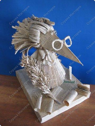 Вот такая разумная ворона у нас получилась из старых книг