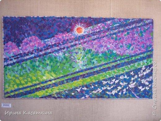 Сегодня моему дедушки (родной брат моей бабушки) исполнилось бы 80 лет. Северухин Юрий Михайлович родился 17 апреля 1936 г. в Каменске-Уральском.Мой дедушка известный уральский живописец, график, мастер малой пластики. Его творческие интересы  поражают разносторонностью: от рисунков на остросоциальные темы до пейзажных зарисовок  и портретов современников, от малой пластики до философской поэзии.  Мой дедушка работал в разных жанрах-живопись,графика,резьба по дереву.Его работы  находятся в частных и государственных коллекциях в нашей стране и за рубежом. Альбом «Мой Пушкин» — в библиотеке Госдепартамента США, мелкая пластика — в музее декоративно-прикладного искусства г. Москвы, графические работы — в Швеции, Германии, Болгарии, Японии, Канаде.                                                     Юрий Михайлович занимался в изостудии Дворца культуры Синарского трубного завода у Ивана Сергеевича Грибова. Во время службы в армии обучался в студии военных художников, руководил которой народный художник СССР Н.Н. Жуков. Окончил областные курсы художников-оформителей. Как театральный художник проходил стажировку в московских театрах. Работал главным художником в муниципальном театре драмы г. Каменска-Уральского.С 1976 года Юрий Михайлович был председателем Городского творческого объединения, членом городского художественного совета. Лауреат городской премии «Браво».Он был полон творческих планов и не собирался останавливаться на достигнутом. Ведь он сам сказал о себе «Моё жилище — бесконечность…».25 мая 2009 года в своей мастерской  его сердце остановилось. фото 10
