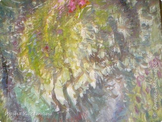 Сегодня моему дедушки (родной брат моей бабушки) исполнилось бы 80 лет. Северухин Юрий Михайлович родился 17 апреля 1936 г. в Каменске-Уральском.Мой дедушка известный уральский живописец, график, мастер малой пластики. Его творческие интересы  поражают разносторонностью: от рисунков на остросоциальные темы до пейзажных зарисовок  и портретов современников, от малой пластики до философской поэзии.  Мой дедушка работал в разных жанрах-живопись,графика,резьба по дереву.Его работы  находятся в частных и государственных коллекциях в нашей стране и за рубежом. Альбом «Мой Пушкин» — в библиотеке Госдепартамента США, мелкая пластика — в музее декоративно-прикладного искусства г. Москвы, графические работы — в Швеции, Германии, Болгарии, Японии, Канаде.                                                     Юрий Михайлович занимался в изостудии Дворца культуры Синарского трубного завода у Ивана Сергеевича Грибова. Во время службы в армии обучался в студии военных художников, руководил которой народный художник СССР Н.Н. Жуков. Окончил областные курсы художников-оформителей. Как театральный художник проходил стажировку в московских театрах. Работал главным художником в муниципальном театре драмы г. Каменска-Уральского.С 1976 года Юрий Михайлович был председателем Городского творческого объединения, членом городского художественного совета. Лауреат городской премии «Браво».Он был полон творческих планов и не собирался останавливаться на достигнутом. Ведь он сам сказал о себе «Моё жилище — бесконечность…».25 мая 2009 года в своей мастерской  его сердце остановилось. фото 22