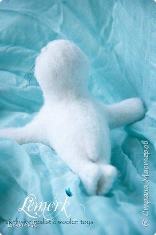 Белек Снежок. Валяная интерьерная игрушка. Тюлененок фото 4
