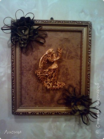 Картина с Рождественским Ангелом и  розами из кожи. фото 1