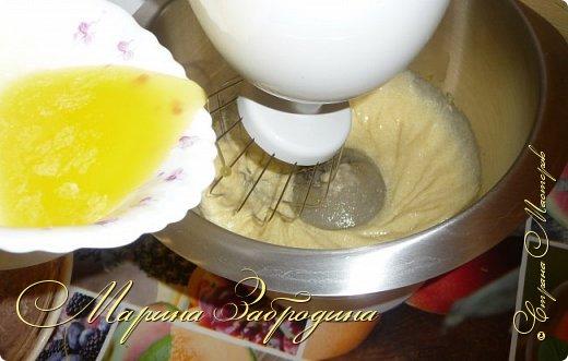 Всем привет! Сегодня готовлю шоколадно-медовый любимый тортик в моей семье. Пропитан сметанным кремом, торт получается прекрасный, вкусный, очень нежный и в меру сладкий. Приготовьте - не пожалеете) фото 5