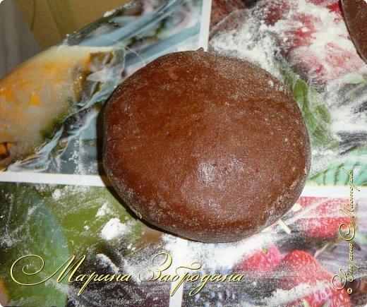 Всем привет! Сегодня готовлю шоколадно-медовый любимый тортик в моей семье. Пропитан сметанным кремом, торт получается прекрасный, вкусный, очень нежный и в меру сладкий. Приготовьте - не пожалеете) фото 9