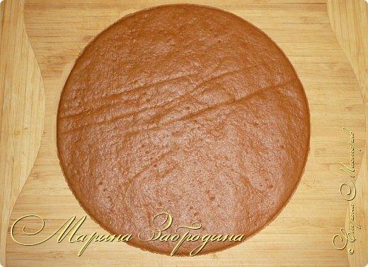 Всем привет! Сегодня готовлю шоколадно-медовый любимый тортик в моей семье. Пропитан сметанным кремом, торт получается прекрасный, вкусный, очень нежный и в меру сладкий. Приготовьте - не пожалеете) фото 14