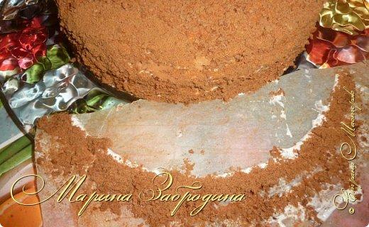 Всем привет! Сегодня готовлю шоколадно-медовый любимый тортик в моей семье. Пропитан сметанным кремом, торт получается прекрасный, вкусный, очень нежный и в меру сладкий. Приготовьте - не пожалеете) фото 21