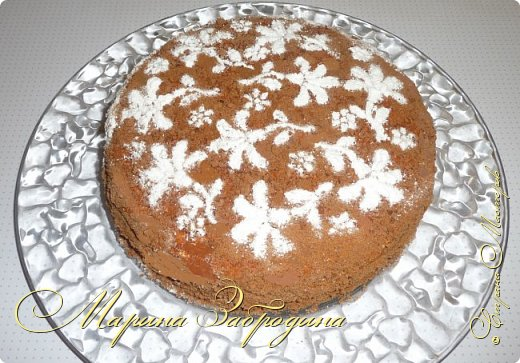 Всем привет! Сегодня готовлю шоколадно-медовый любимый тортик в моей семье. Пропитан сметанным кремом, торт получается прекрасный, вкусный, очень нежный и в меру сладкий. Приготовьте - не пожалеете) фото 25