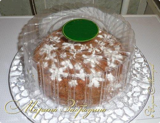 Всем привет! Сегодня готовлю шоколадно-медовый любимый тортик в моей семье. Пропитан сметанным кремом, торт получается прекрасный, вкусный, очень нежный и в меру сладкий. Приготовьте - не пожалеете) фото 26