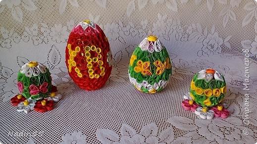 Здравствуйте, дорогие жители Страны Мастеров! Полным ходом идет подготовка к Светлому празднику Пасха. Вот эти пасхальные яйца приготовлены на выставку. фото 1