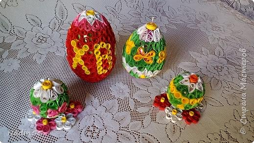 Здравствуйте, дорогие жители Страны Мастеров! Полным ходом идет подготовка к Светлому празднику Пасха. Вот эти пасхальные яйца приготовлены на выставку. фото 7