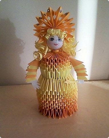 Солнышки на шпажках украшают цветочные горшки. фото 7
