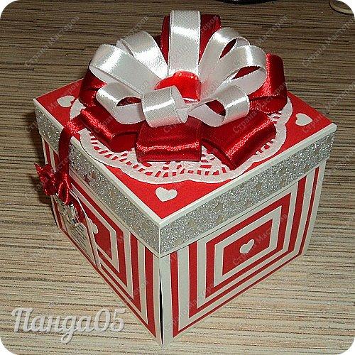 """Продолжают у меня выпекаться коробочки,как горячие пирожки))  Заказ для 15летней девочки.Думала я,думала...Вспомнила фильм """"Ночь перед Рождеством"""",как Оксана требовала от Вакулы """"черевички,которые сама царица носит!""""(с) И вот они,собственно,те самые черевички царские))) фото 19"""