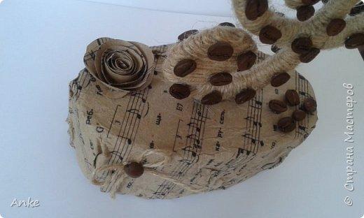 Вдохновившись идеей http://stranamasterov.ru/node/603032?c=favorite_c я сделала музыкальный подарок в виде скрипичного ключа. фото 3