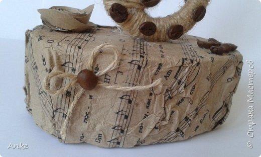 Вдохновившись идеей http://stranamasterov.ru/node/603032?c=favorite_c я сделала музыкальный подарок в виде скрипичного ключа. фото 4
