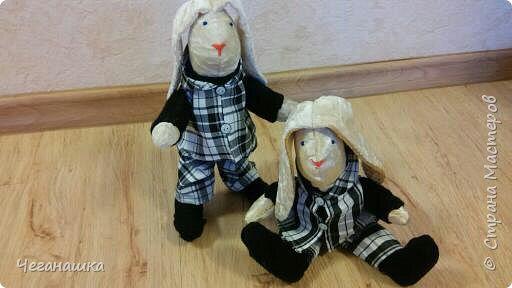Все началось с этих двух зайцев. Близилось 8 марта и хотелось порадовать своих дочурок и всех знакомых девочек. фото 1