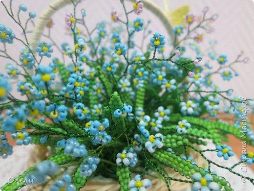 """Эти нежные цветочки ждали весны, чтобы появиться на свет. """"Зарождались"""" они еще осенью. Работа кропотливая и совсем не быстрая. фото 2"""