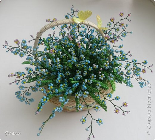 """Эти нежные цветочки ждали весны, чтобы появиться на свет. """"Зарождались"""" они еще осенью. Работа кропотливая и совсем не быстрая. фото 4"""