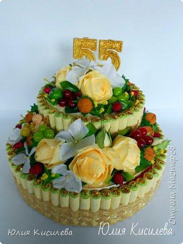Торт из конфет на юбилей. Конфеты Roshen Konafetto, в розочках АВК Трюфель Оригинальный. фото 4