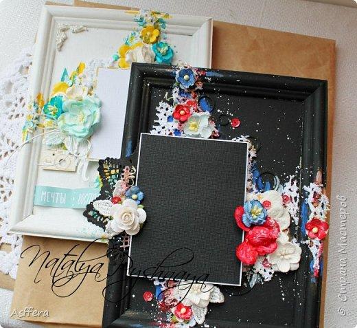 """Всем привет!!! На скрап-интенсиве была создана фоторамке по МК Евгении Захаровой """"Микс-медийная фоторамка в черном цвете""""и следом я решила сделать фоторамку в белом цвете!!!! фото 1"""