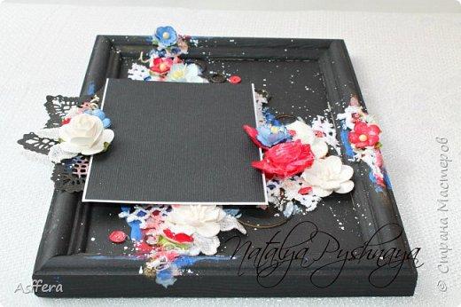 """Всем привет!!! На скрап-интенсиве была создана фоторамке по МК Евгении Захаровой """"Микс-медийная фоторамка в черном цвете""""и следом я решила сделать фоторамку в белом цвете!!!! фото 2"""