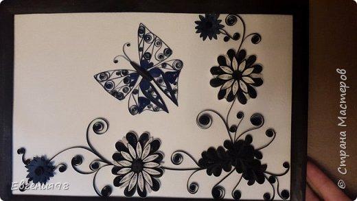 Квиллинг бабочка с цветами