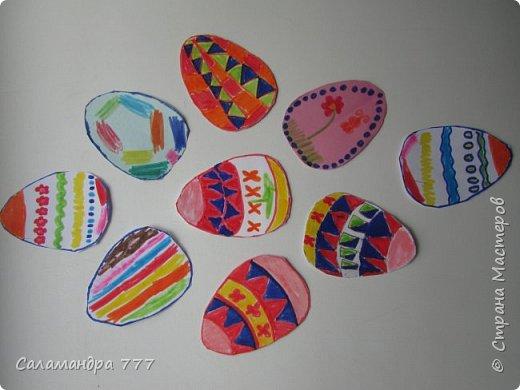 Очень понравилось Сонюше украшать рисунками пасхальные яички! Много сделала!..  фото 8