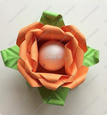 Мне очень понравился МК аllasol о том, как сделать тюльпаны оригами: http://stranamasterov.ru/node/1014736?c=favorite Пион получается из двух тюльпанов. Размер бумаги для тюльпанов: 20*20 см  и 19.5*19,5 см. фото 2