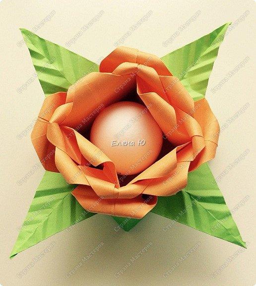 Мне очень понравился МК аllasol о том, как сделать тюльпаны оригами: http://stranamasterov.ru/node/1014736?c=favorite Пион получается из двух тюльпанов. Размер бумаги для тюльпанов: 20*20 см  и 19.5*19,5 см. фото 3