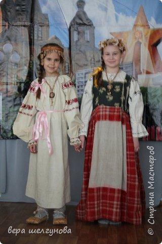 Работы сделанные  для конкурса Росатом береста Даниила очелье и украшение на шею фото модель Юля и Аленка. фото 5