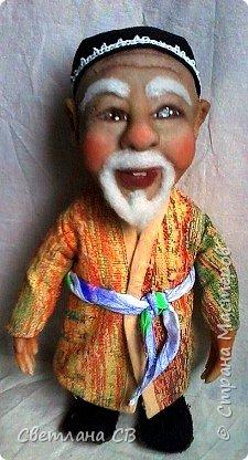 """Вот такой дедушка из Средней Азии появился в моей коллекции. Назвала Азизом, так как это имя обозначает """"дорогой,почитаемый,драгоценный"""". Рост 26 см  фото 4"""