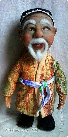"""Вот такой дедушка из Средней Азии появился в моей коллекции. Назвала Азизом, так как это имя обозначает """"дорогой,почитаемый,драгоценный"""". Рост 26 см  фото 2"""
