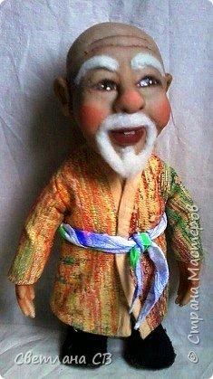 """Вот такой дедушка из Средней Азии появился в моей коллекции. Назвала Азизом, так как это имя обозначает """"дорогой,почитаемый,драгоценный"""". Рост 26 см  фото 6"""