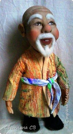 """Вот такой дедушка из Средней Азии появился в моей коллекции. Назвала Азизом, так как это имя обозначает """"дорогой,почитаемый,драгоценный"""". Рост 26 см  фото 7"""