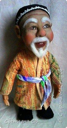 """Вот такой дедушка из Средней Азии появился в моей коллекции. Назвала Азизом, так как это имя обозначает """"дорогой,почитаемый,драгоценный"""". Рост 26 см  фото 1"""