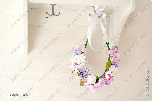 К весне и лету готова, цветы сделаны из фоамирана: сакура, глициния, гепатика, крокус, ланциата, орхидея белая цапля и листики.